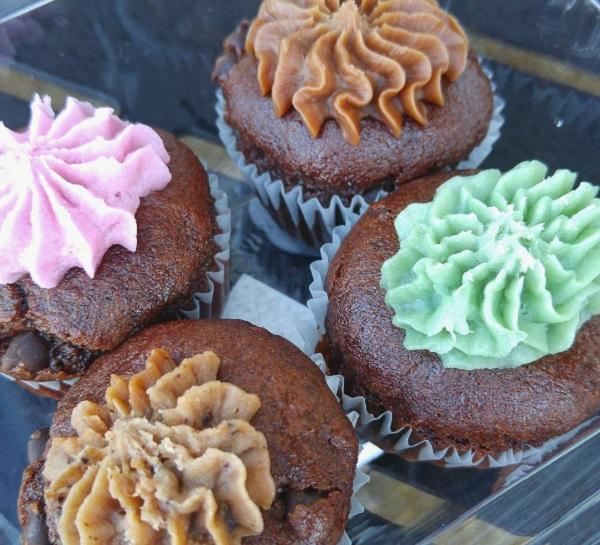 Erin McKenna's Bakery NYC Miniature Cupcakes from BoardWalk Bakery at Disney's BoardWalk at Walt Disney World Resort.